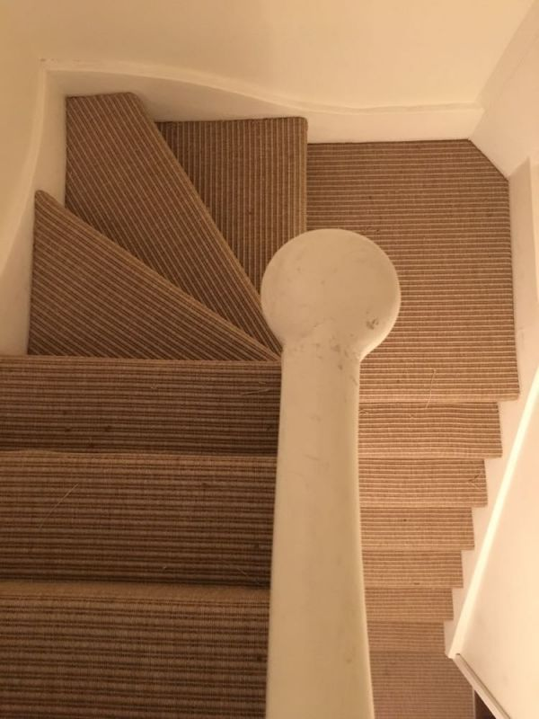 #unnaturalflooring#stylishstaircase#stockwell